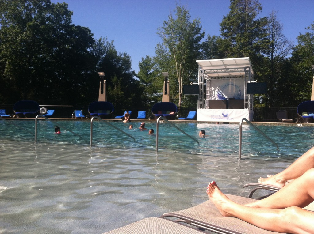 hampton club foxwoods pool