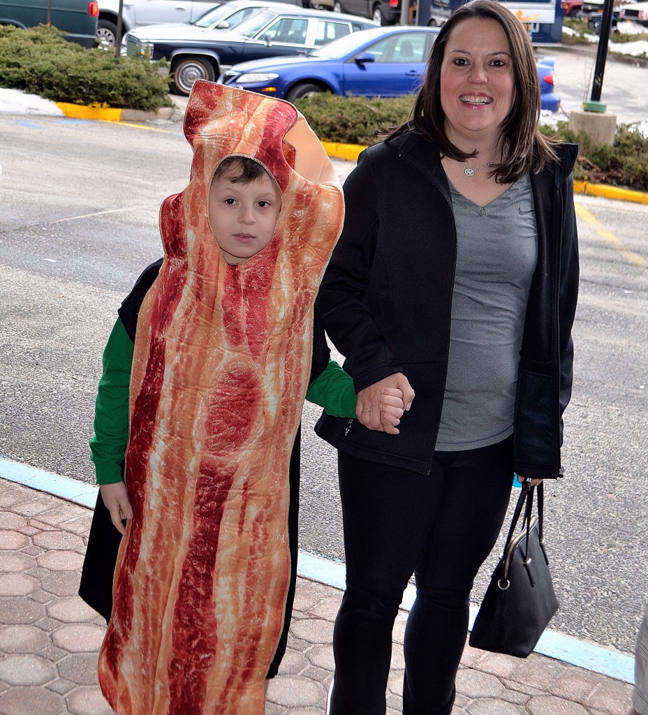 kid bacon costume