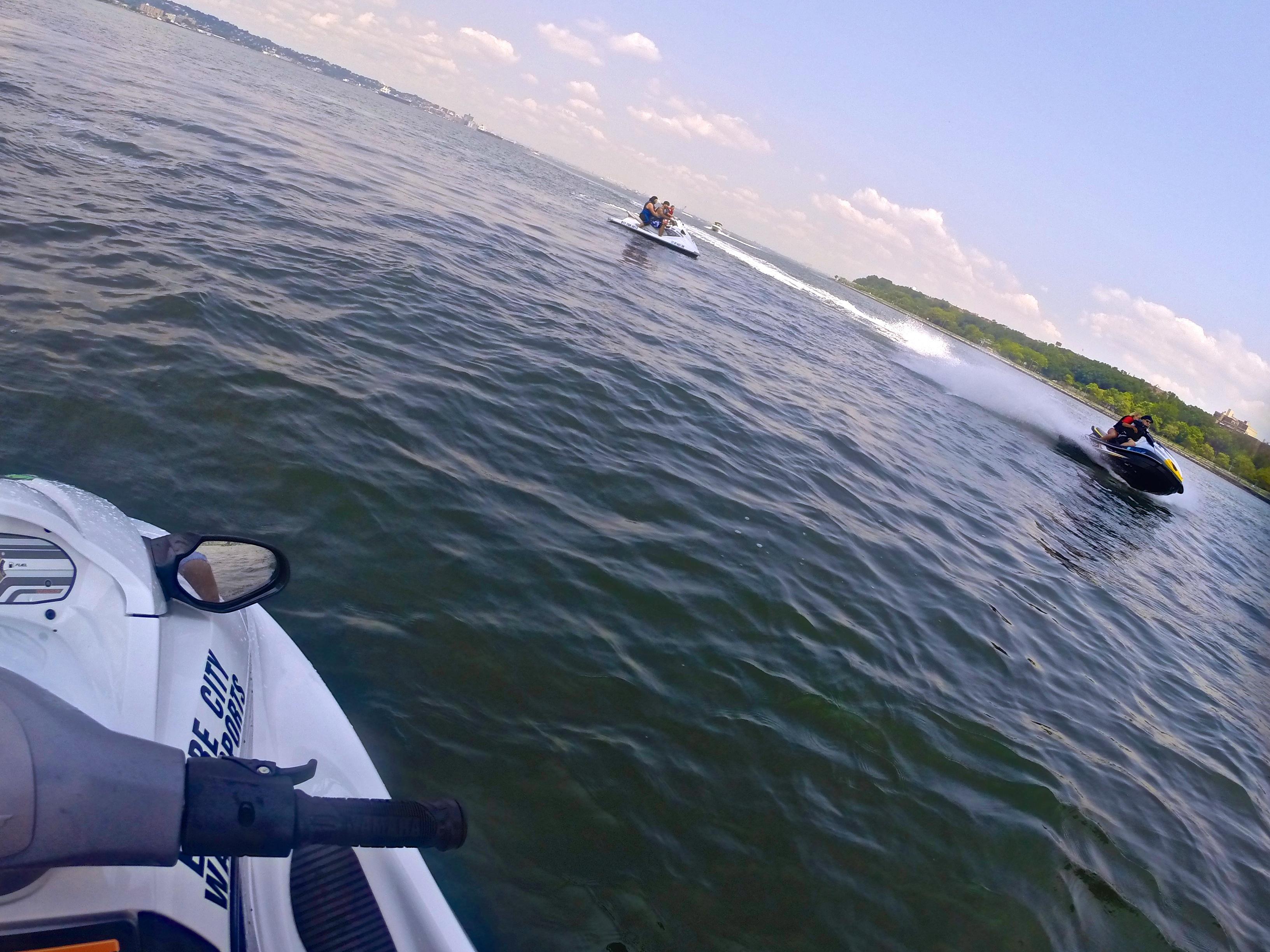 motorboat jet ski