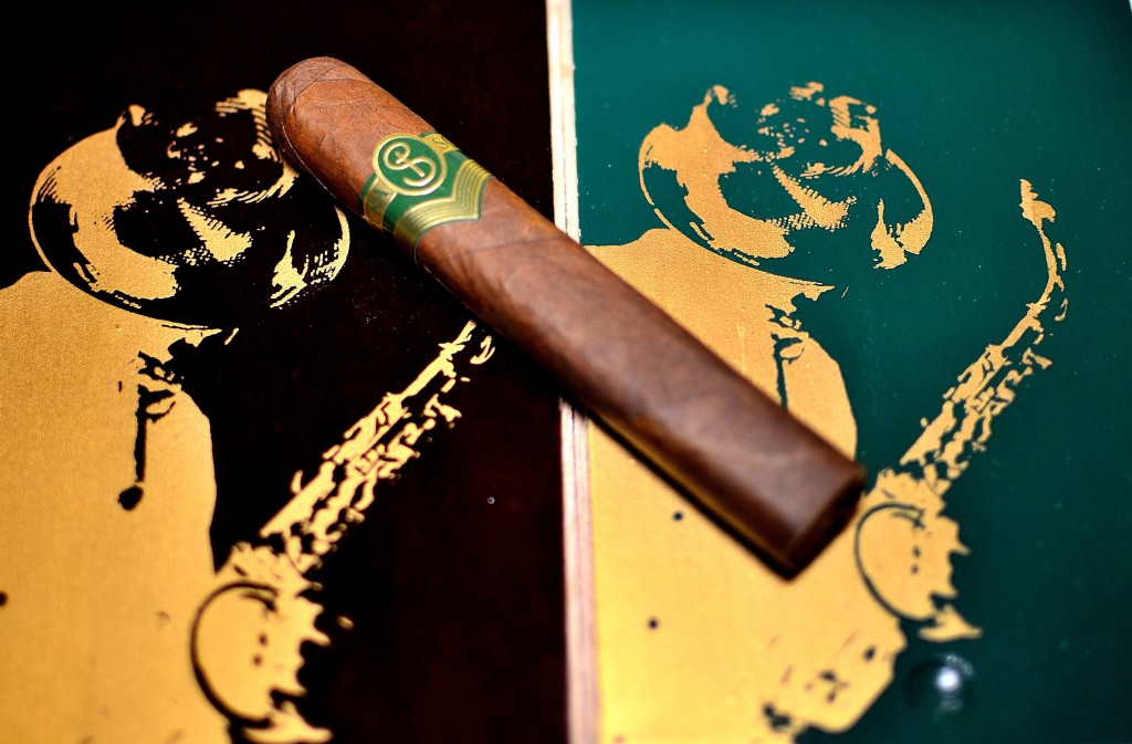 The green label smokes like a torrid love affair with Sophia Vergara.